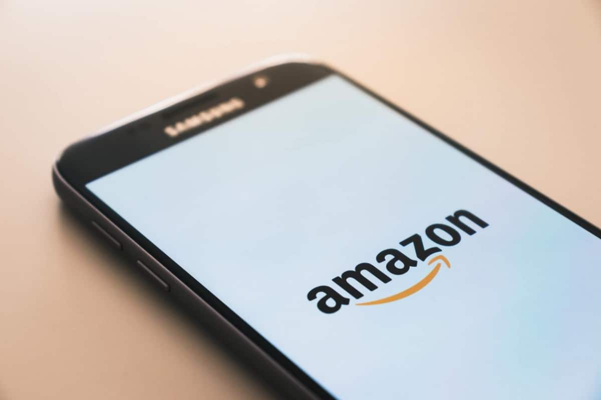 Amazon app in a mobile
