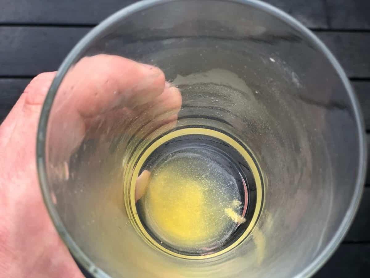 Undissolved powder of Advocare Spark energy drink