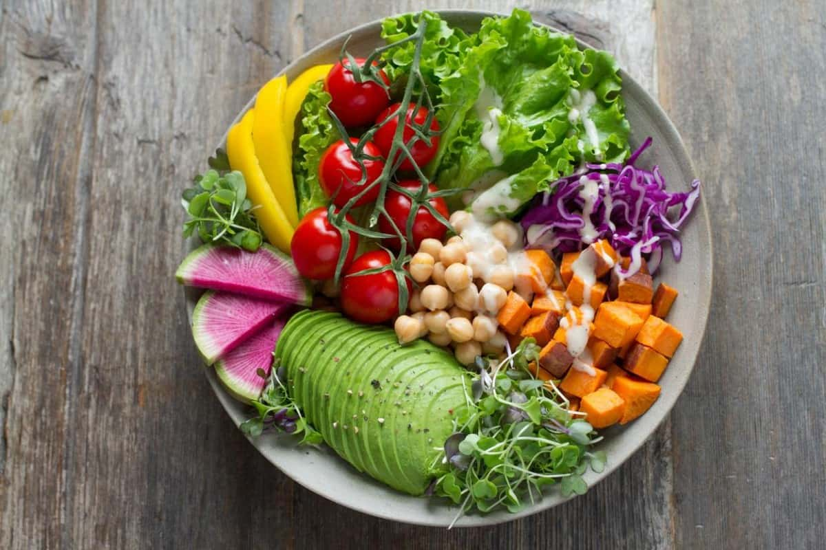 A plate full of healthy vegetables